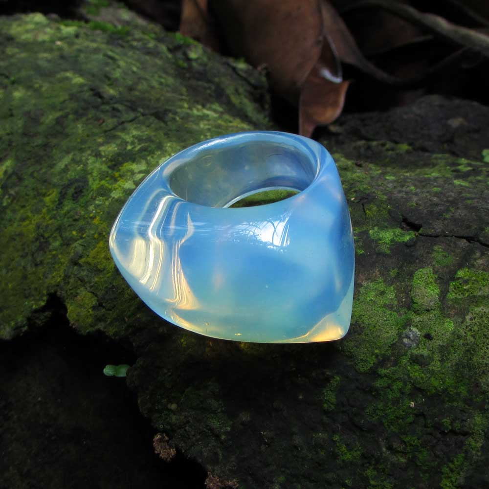 Anel Pedra Natural Maciço Opalina ou Falsa Pedra da Lua  (n. 16)
