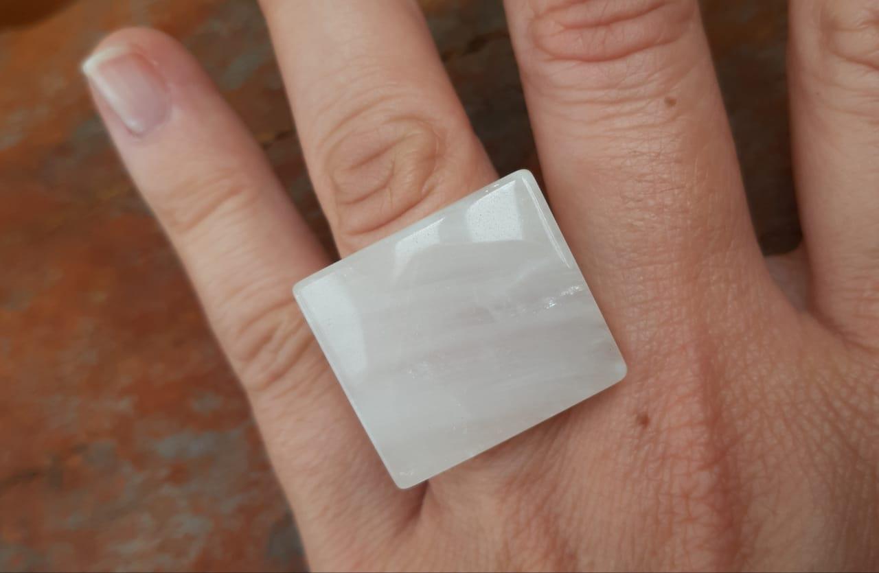 Anel Pedra Natural Quartzo Leitoso Maciço (n. 17)