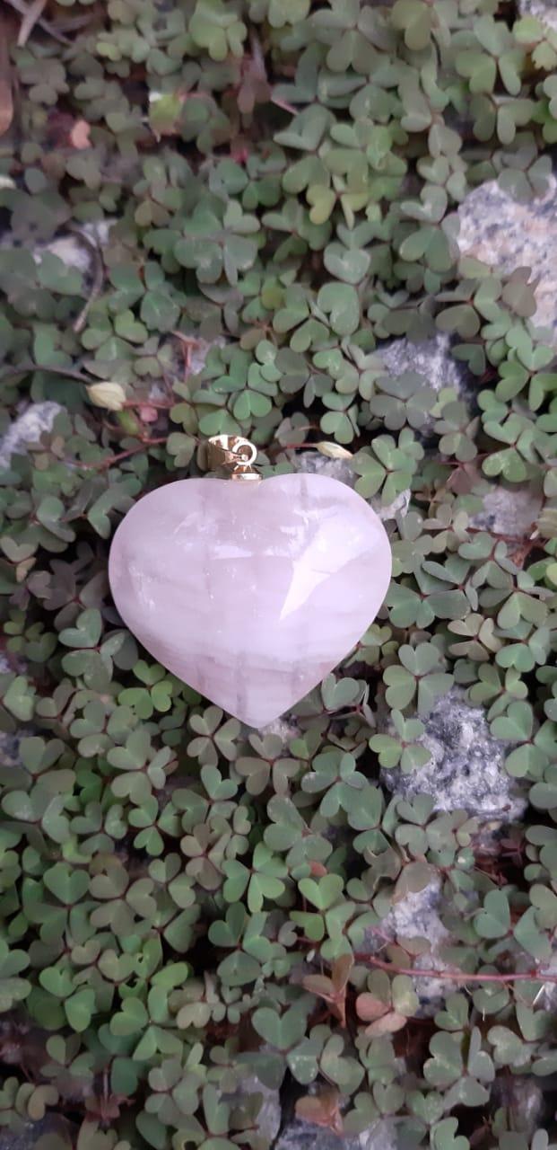 Pingente Pedra Natural Quartzo Rosa Coração M