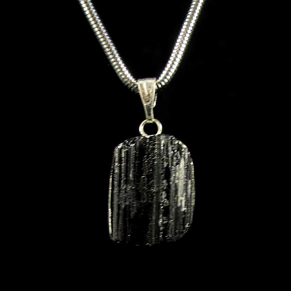 Pingente Pedra Natural  Turmalina Negra Bruta