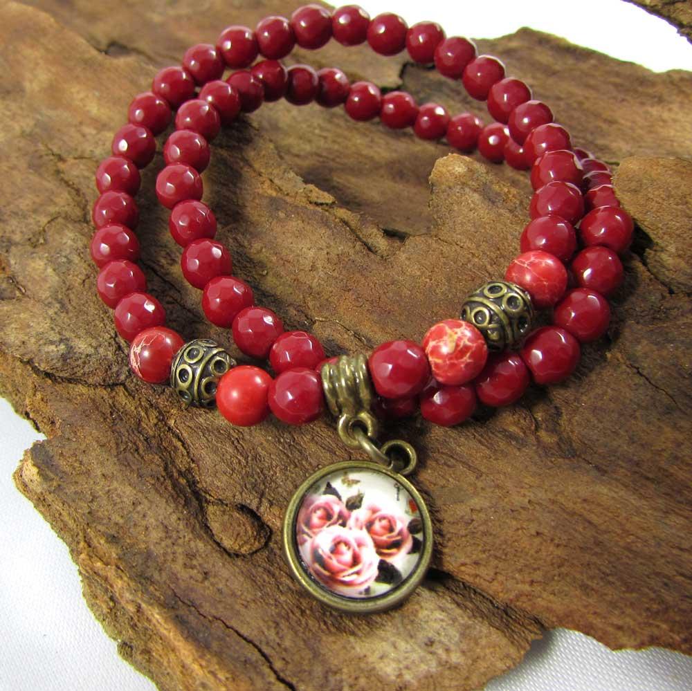 Pulseira Dupla Pedras Naturais  Jaspe Vermelho  e Imperial Vermelho com Pingente de Rosas em Ouro Velho