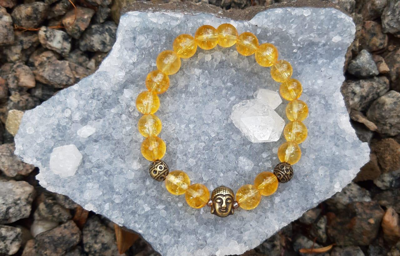 Pulseira Pedra Natural Citrino com Adorno Buddha em Ouro Velho