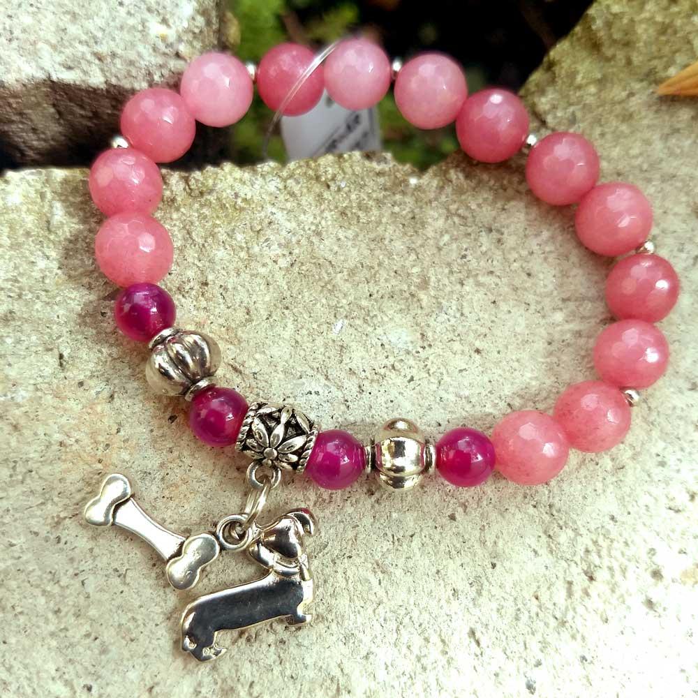 Pulseira Pedras Naturais Jade Rosa e Ágata Rosa Pingente Cão Cachorro Prateado