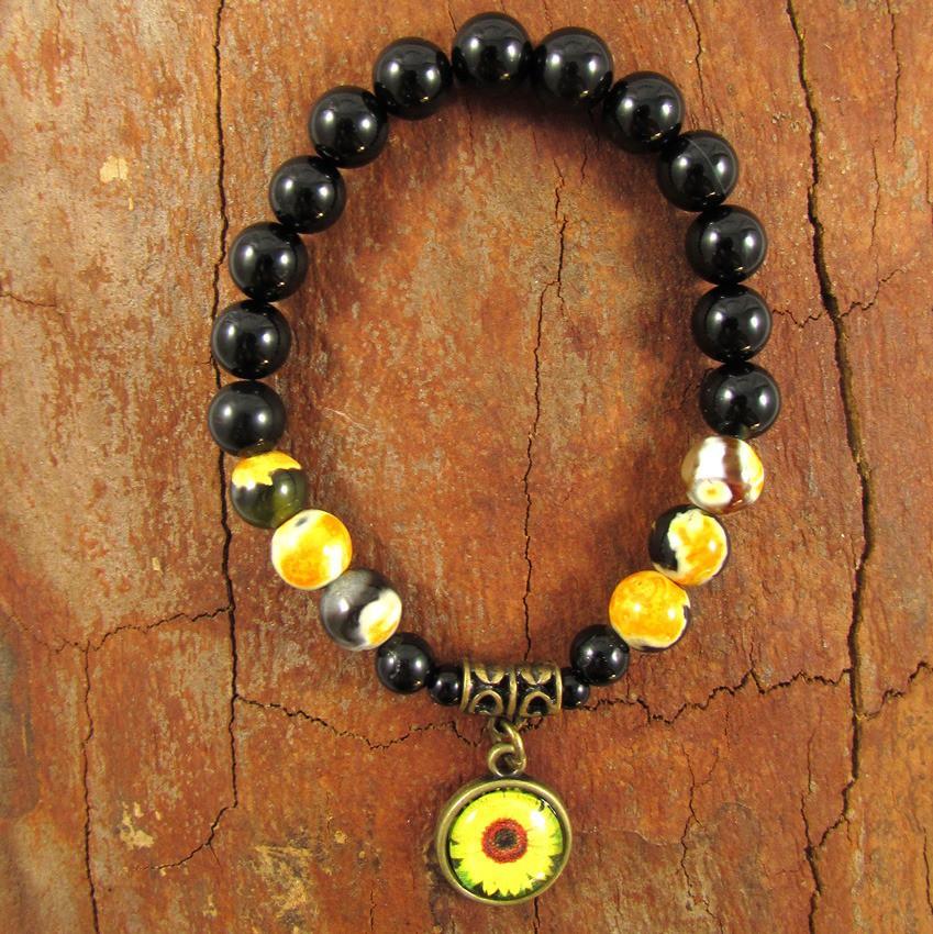 Pulseira  Pedras Naturais  Ágata e Turmalina Negra com Adorno em Flor