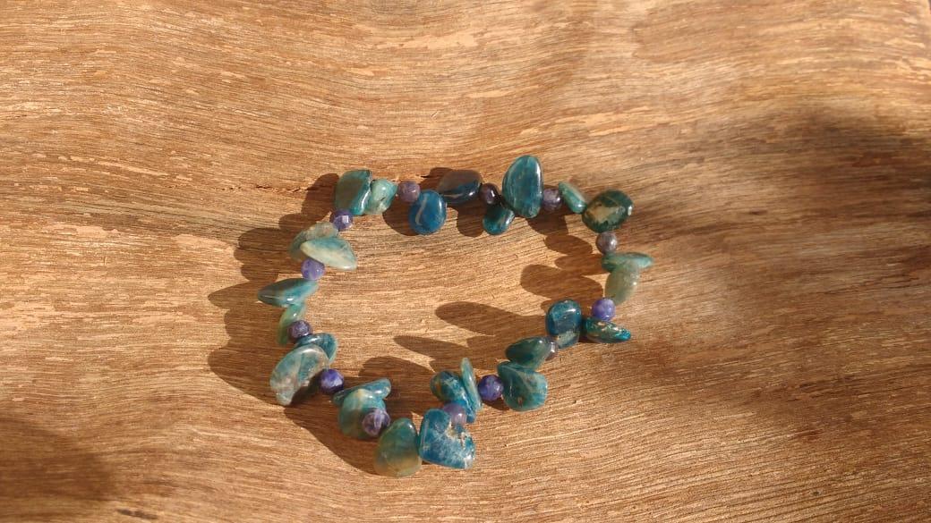 Pulseira Pedras Naturais Apatita e Sodalita