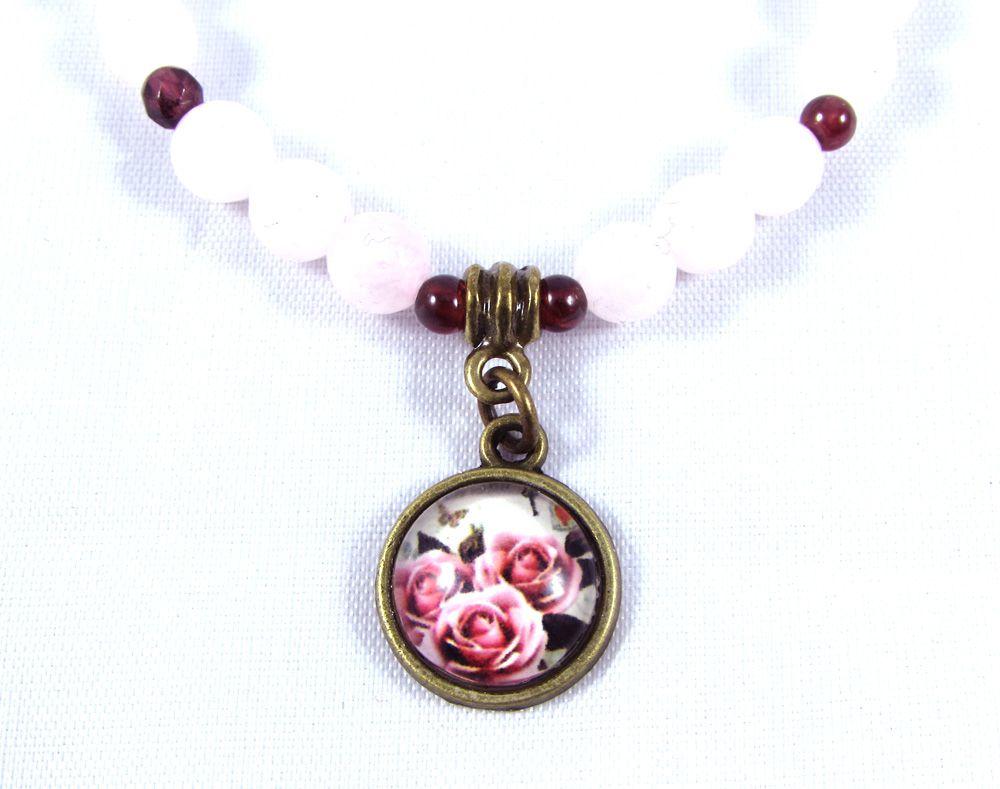 Pulseira  Pedras  Naturais  Quartzo Rosa e Granada com Pingente de Rosas em Ouro Velho