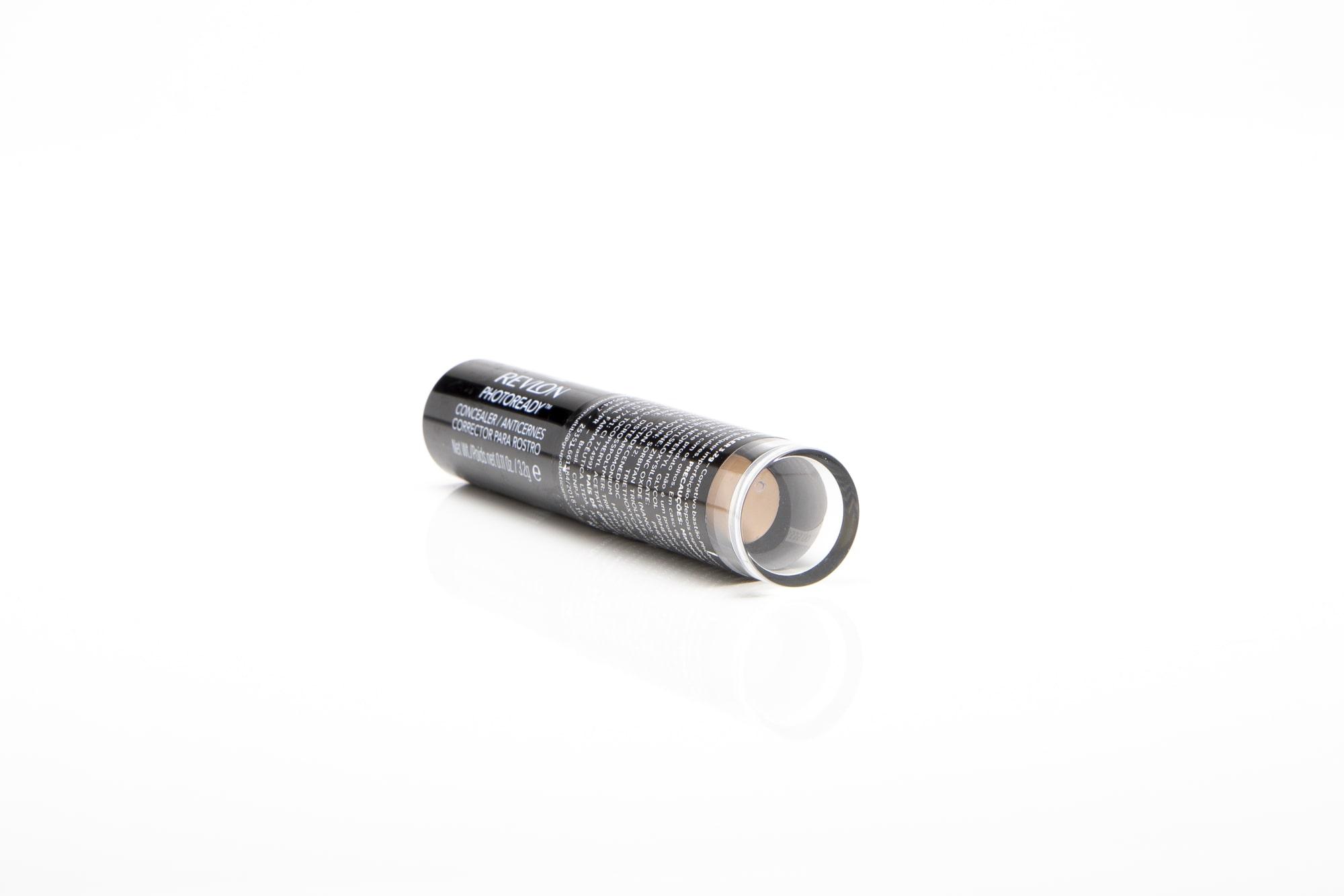 Corretivo em bastão 004 medium Revlon photoready concealer fps 20 medium