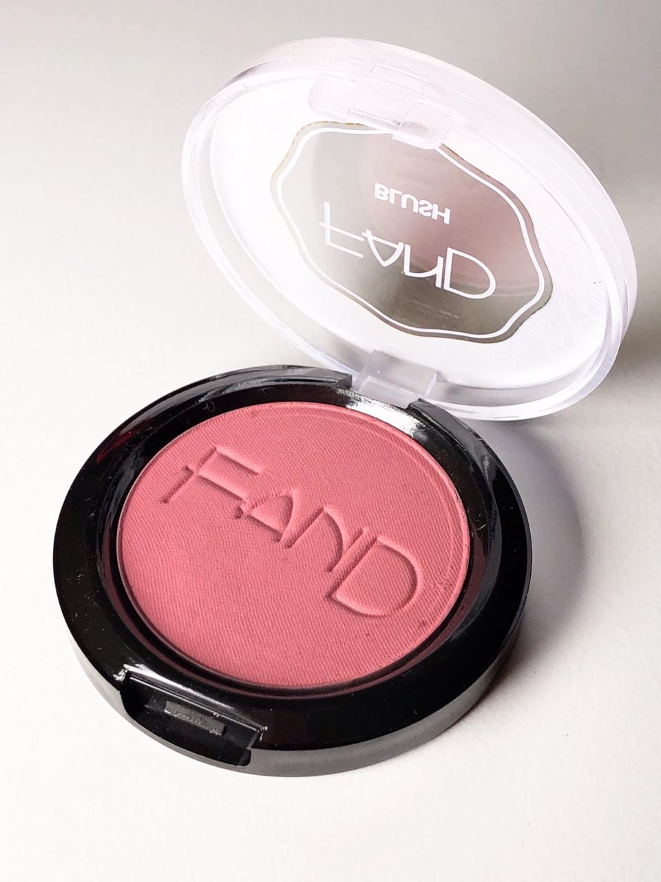 Blush Fand Makeup