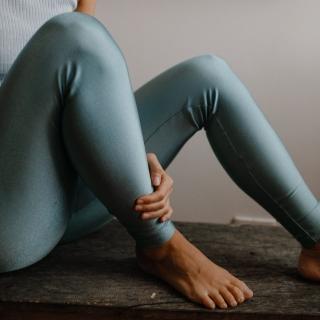 Calça Legging Adulto Básica Brilhante Celeste