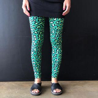 Calça Legging Adulto Básica Estampada Onça Verde