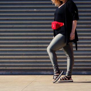 Calça Legging Adulto Cintura Alta Brilhante Cinza