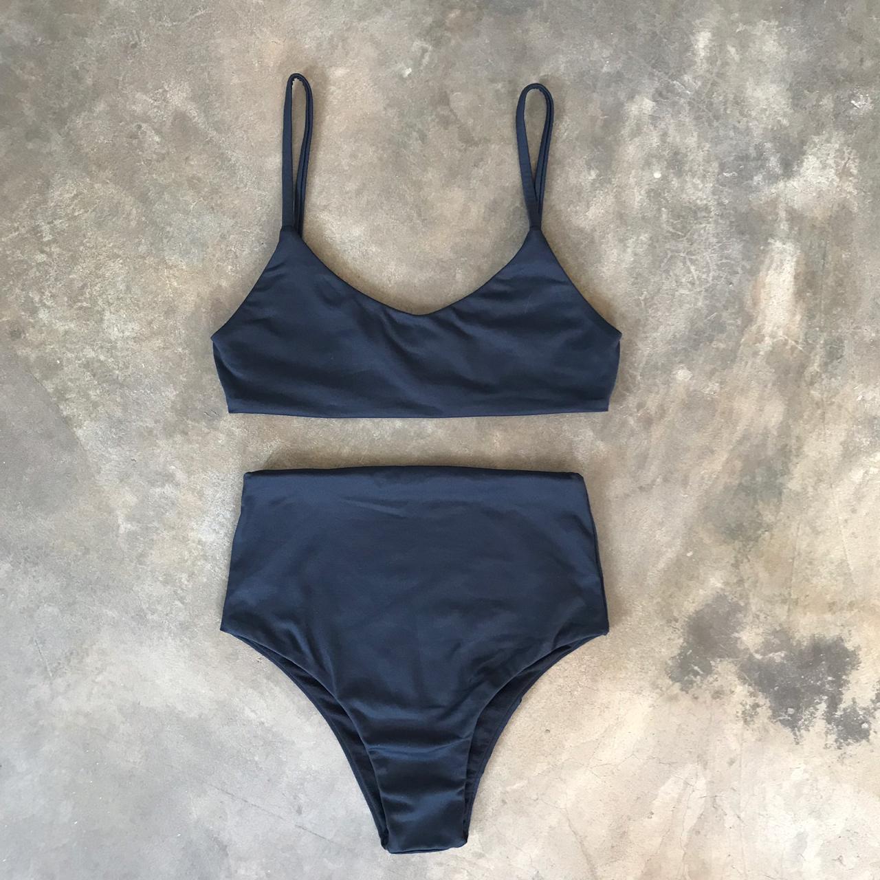 Biquini Hot Pants Adulto Preto
