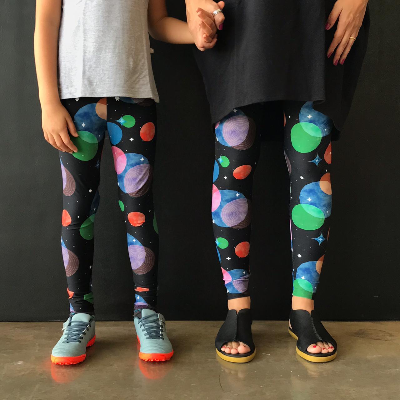 Calça Legging Adulto Básica Estampada Planeta