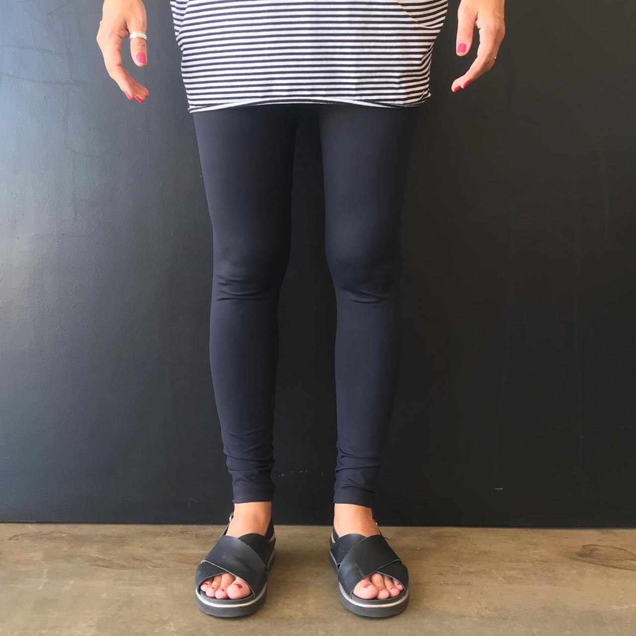 Calça Legging Adulto Básica Preta