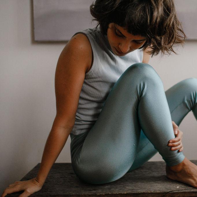 Calça Legging Adulto Cintura Alta Brilhante Celeste