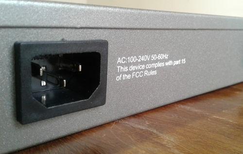 Wi-Tek Switch Gerenciável 16 portas SFP + 8GE (WI-GS5024)  - ComputechLoja