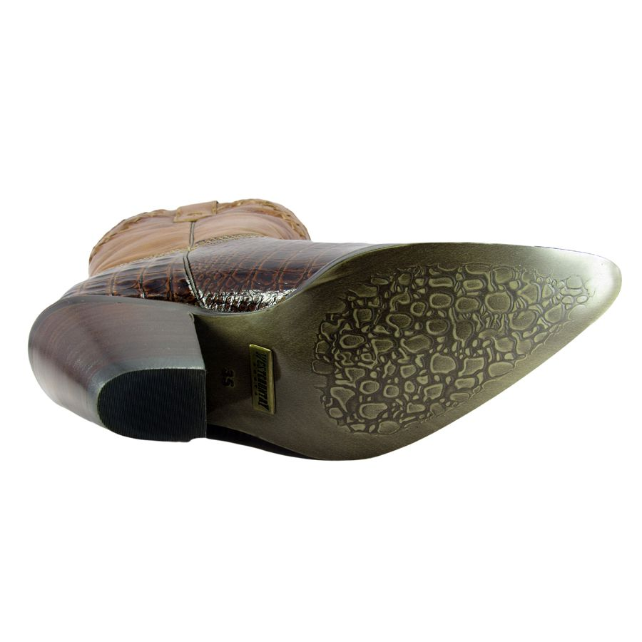 6fdba3bd62a10 Bota Bico Fino Couro Textura Crocodilo Feminina - Cowboy BR