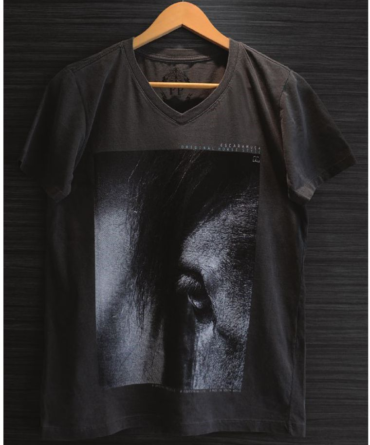 Camiseta Masculina - Close Eye