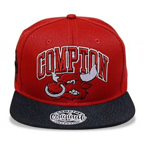 Boné Aba Reta Snapback Bulls Vermelho Compton