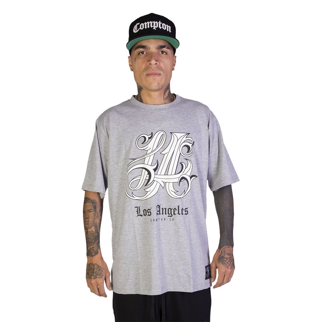 Kit Camiseta + Calça Jogger Compton