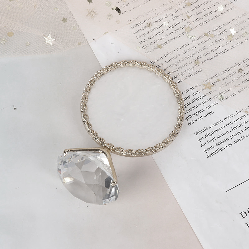 Anel com Diamante Decorativo p/ Foto (Cor PRATA)