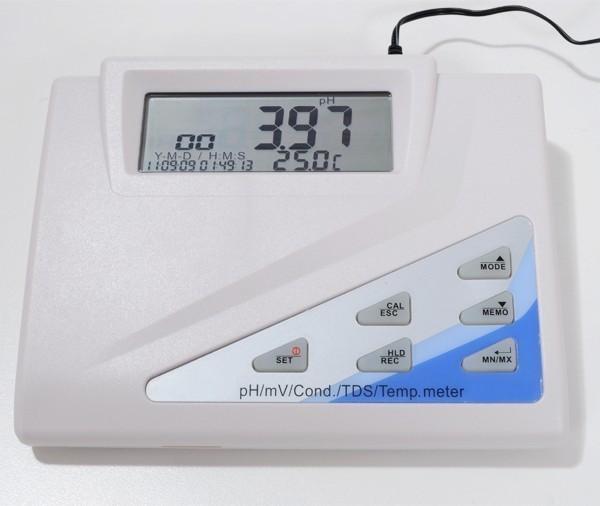 Medidor de pH/ mV/ TDS/ EC/ NaCl - AK151