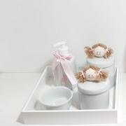 Kit Bebê Higiene  Porcelana 5 Peças Boneca Quarto Menina