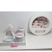 Kit  Bebê Porcelana   Nuvem Com 5 Peças Mais Quadro Porta Maternidade Personalizado Com Nome
