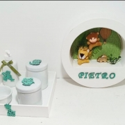 kit Higiene Bebê Safari Verde Porcelana 5 Peças E Quadro  Personalizado