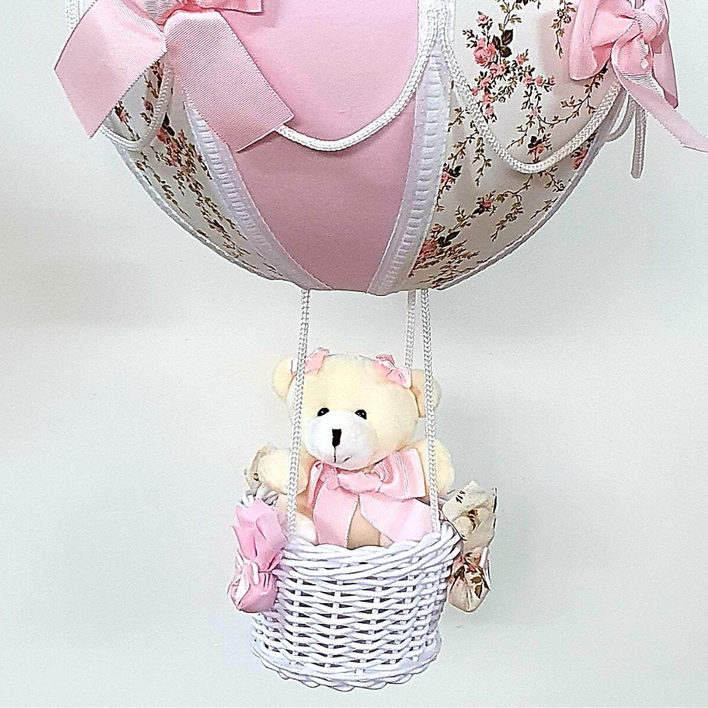 Lustre Bebê  De Teto Bola Tecido Floral Com Rosa E Ursa