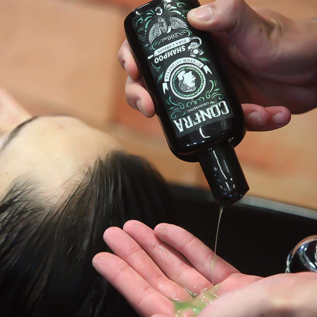 Kit Presente Cabelo Perfeito - Pomada Firm + Shampoo para Cabelo Mentol