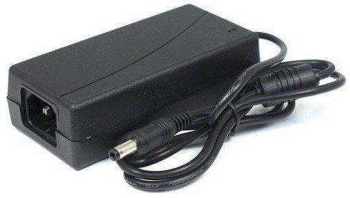 Fonte 5 ampere estabilizada Pvc 12 volt  60 watts  bi-volt