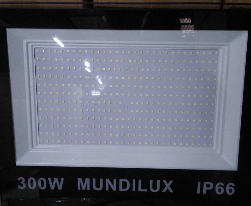 Refletor led 300w Ip66 27.000Lumens 6500k Luz branca bi-volt