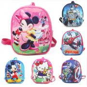 Mochila Infantil Pelúcia Personagens - Mickey, Minnie, Dora Aventureira, Batman,  Hello Kitty, Spider Man, Captain America e Iron Man