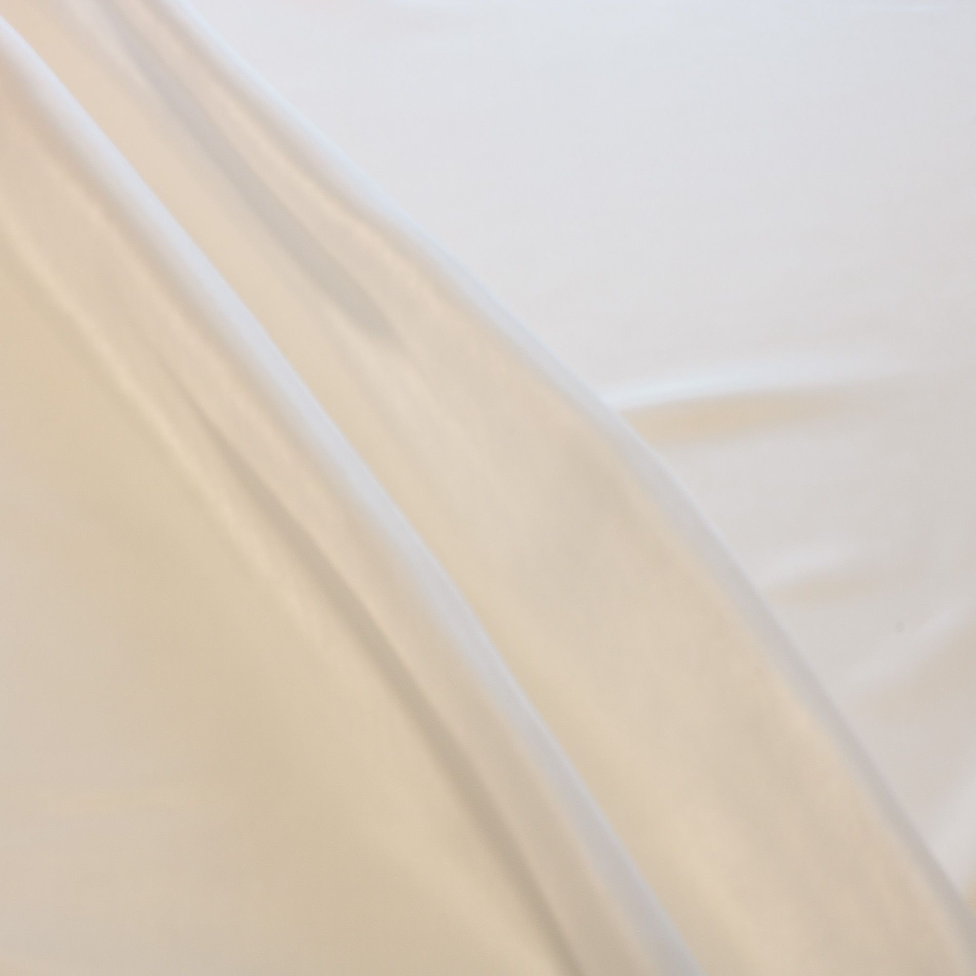 Tecido Bember 100% Poliester 1,50 Mt Largura Branco
