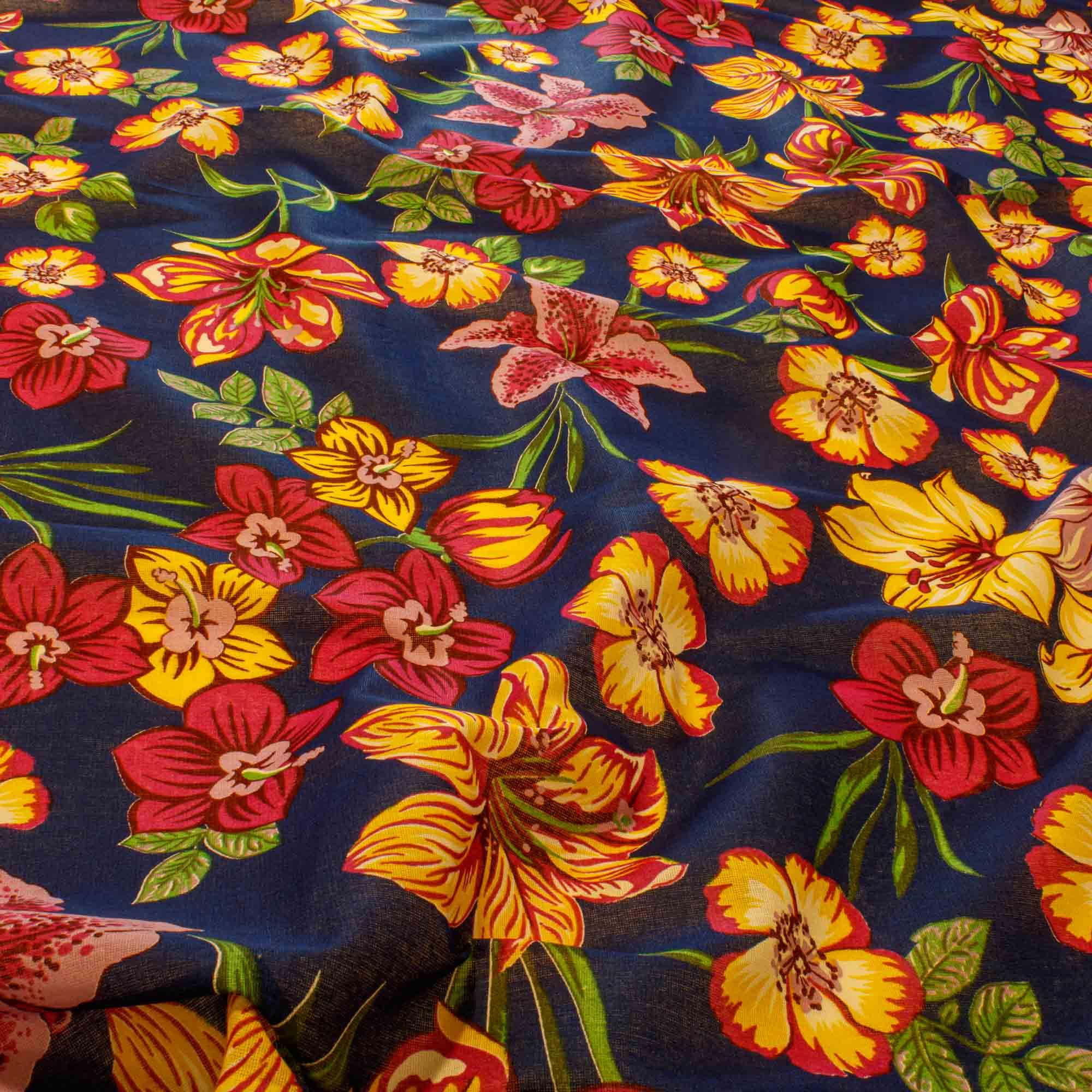 Tecido Chitão Estampada Flores 100% Algodão Fundo Azul Royal