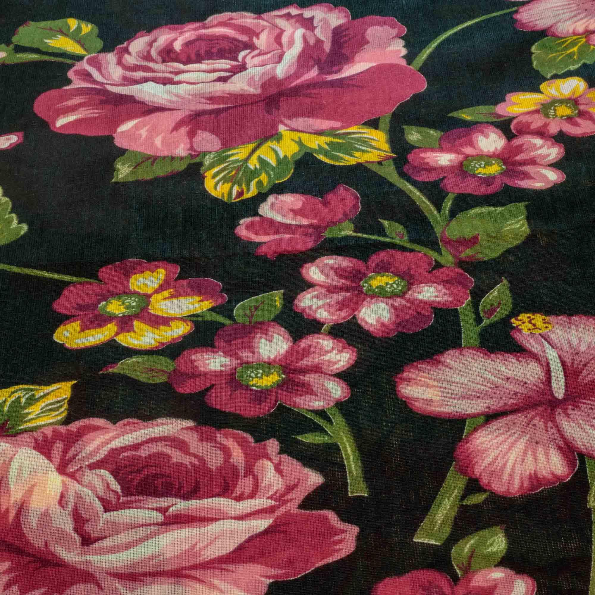 Tecido Chitão Estampado Fundo Preto Flores Rosa 100% Algodão 1,40 Mt Largura