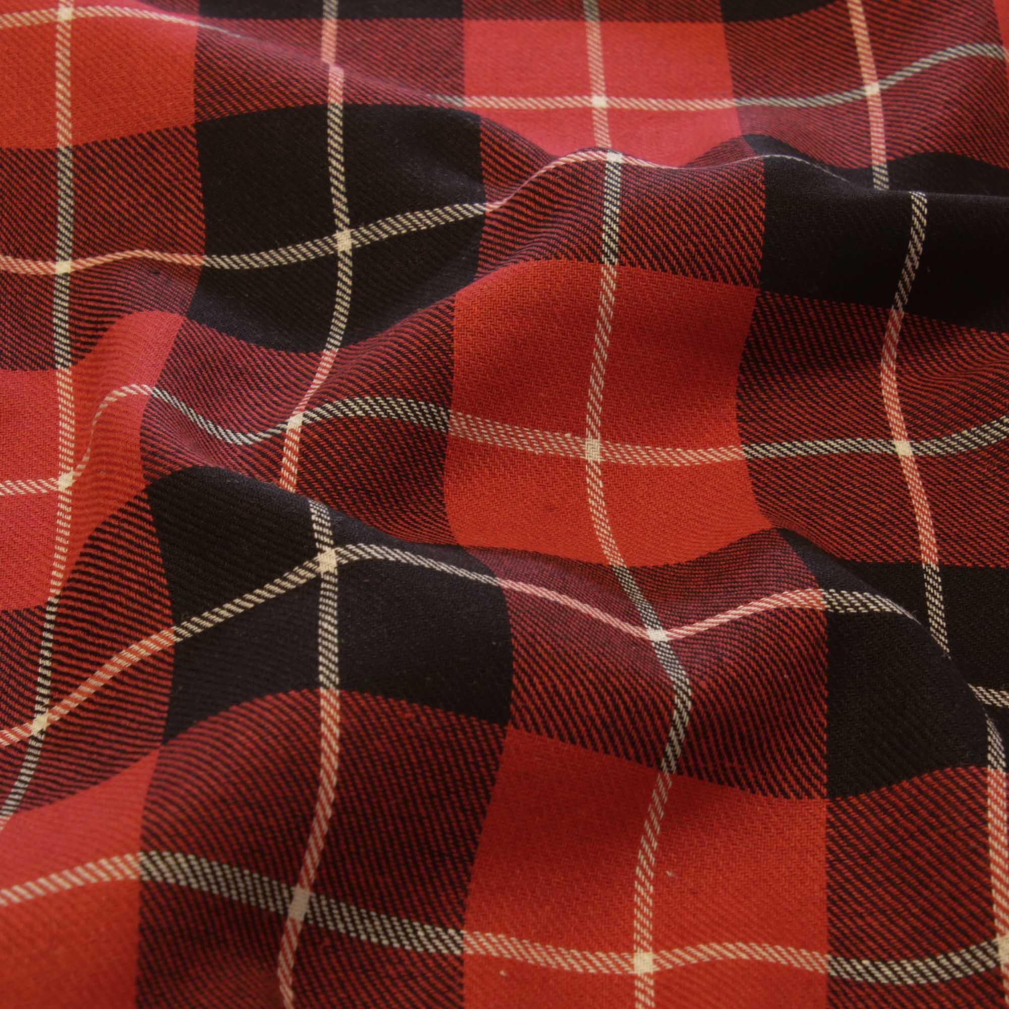 Tecido Flanela Xadrez 1,40 Mt Largura Vermelho e Preto