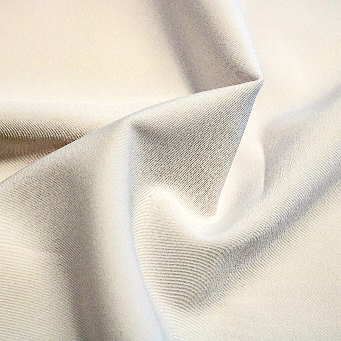Tecido Gabardine Branco 1,50 m Largura 100% Poliéster