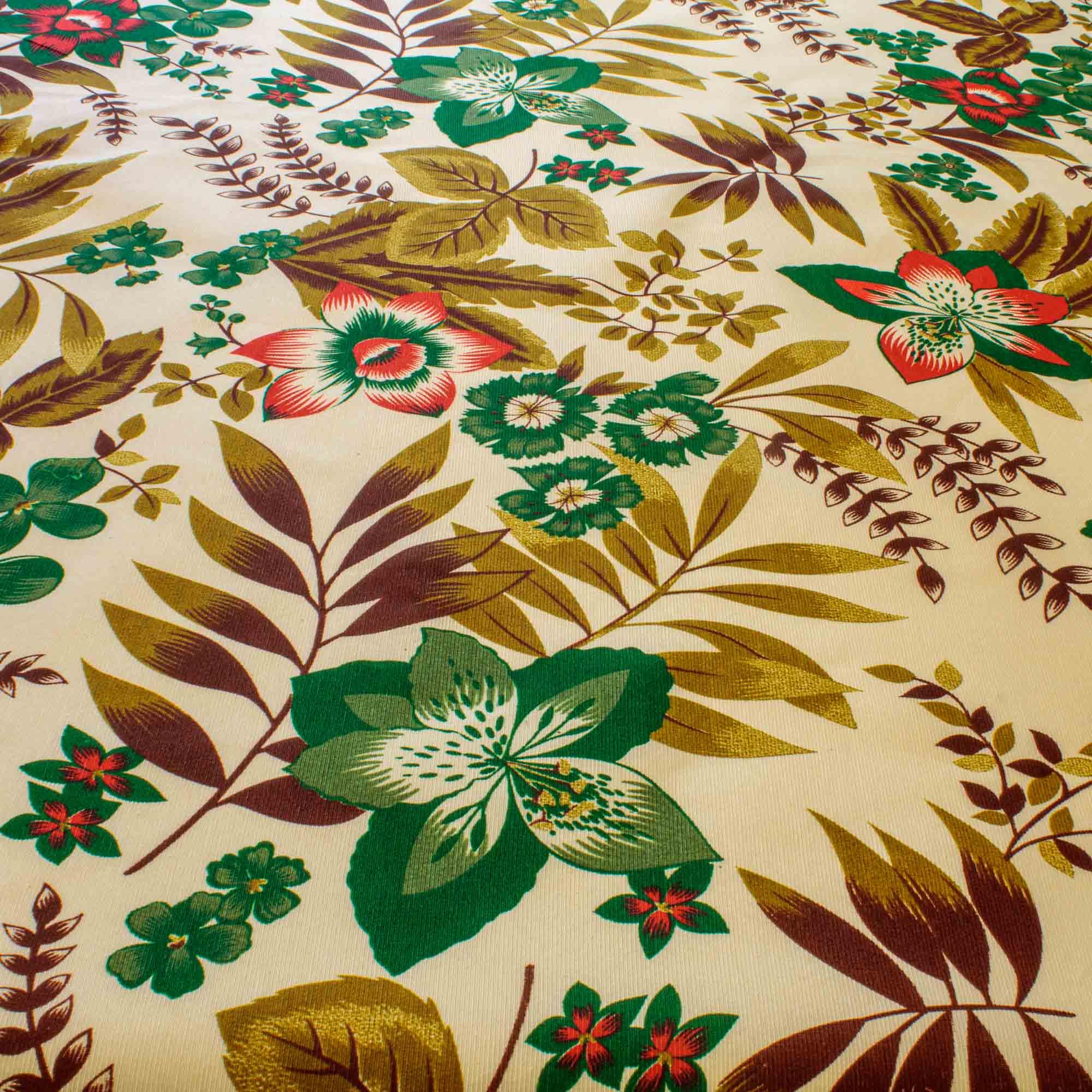 Tecido Gorgurinho Estampado Folhas 1,50 m Largura Marrom