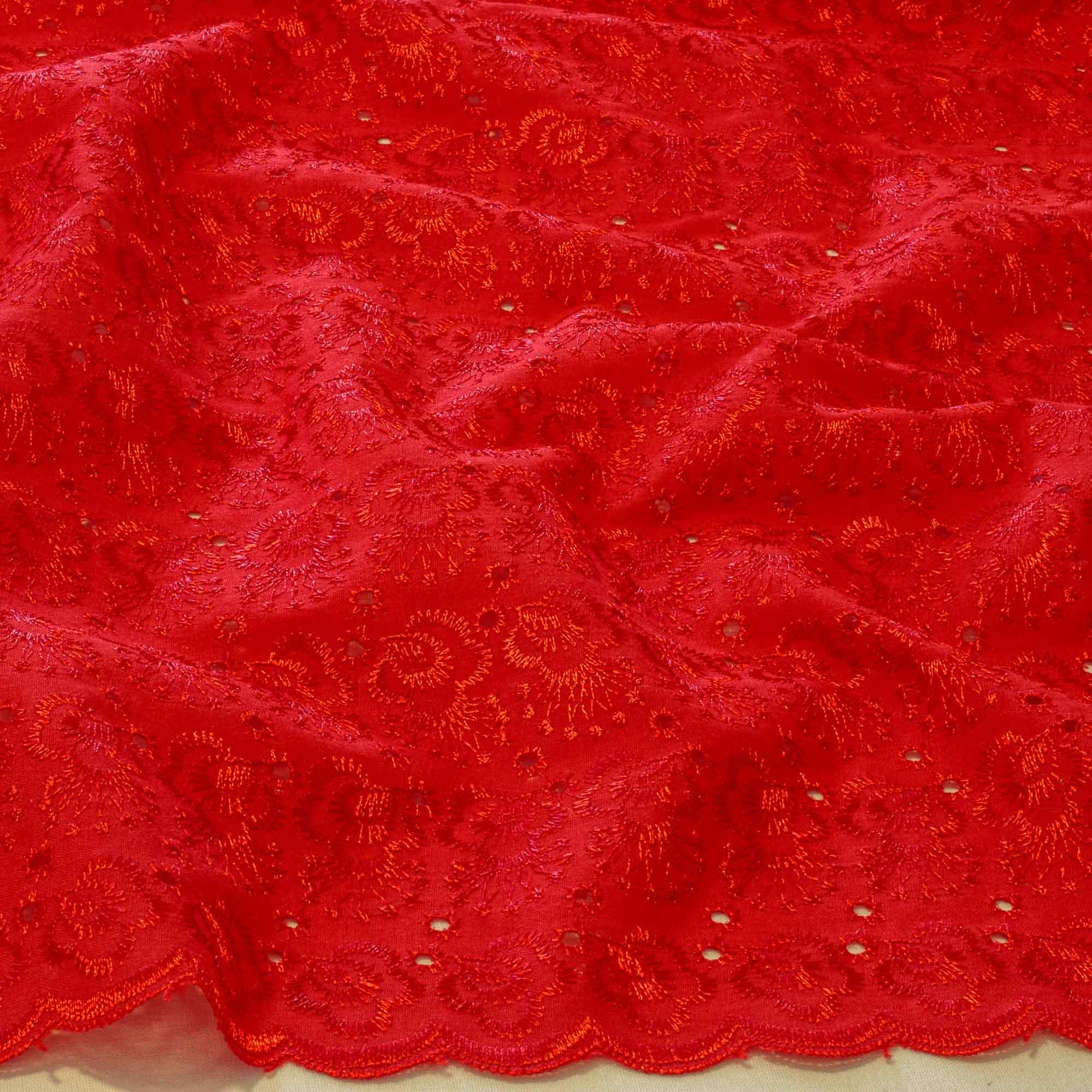 Tecido Laise Vermelha 80 % Poliéster 20% Algodão 1,40 Mt Largura