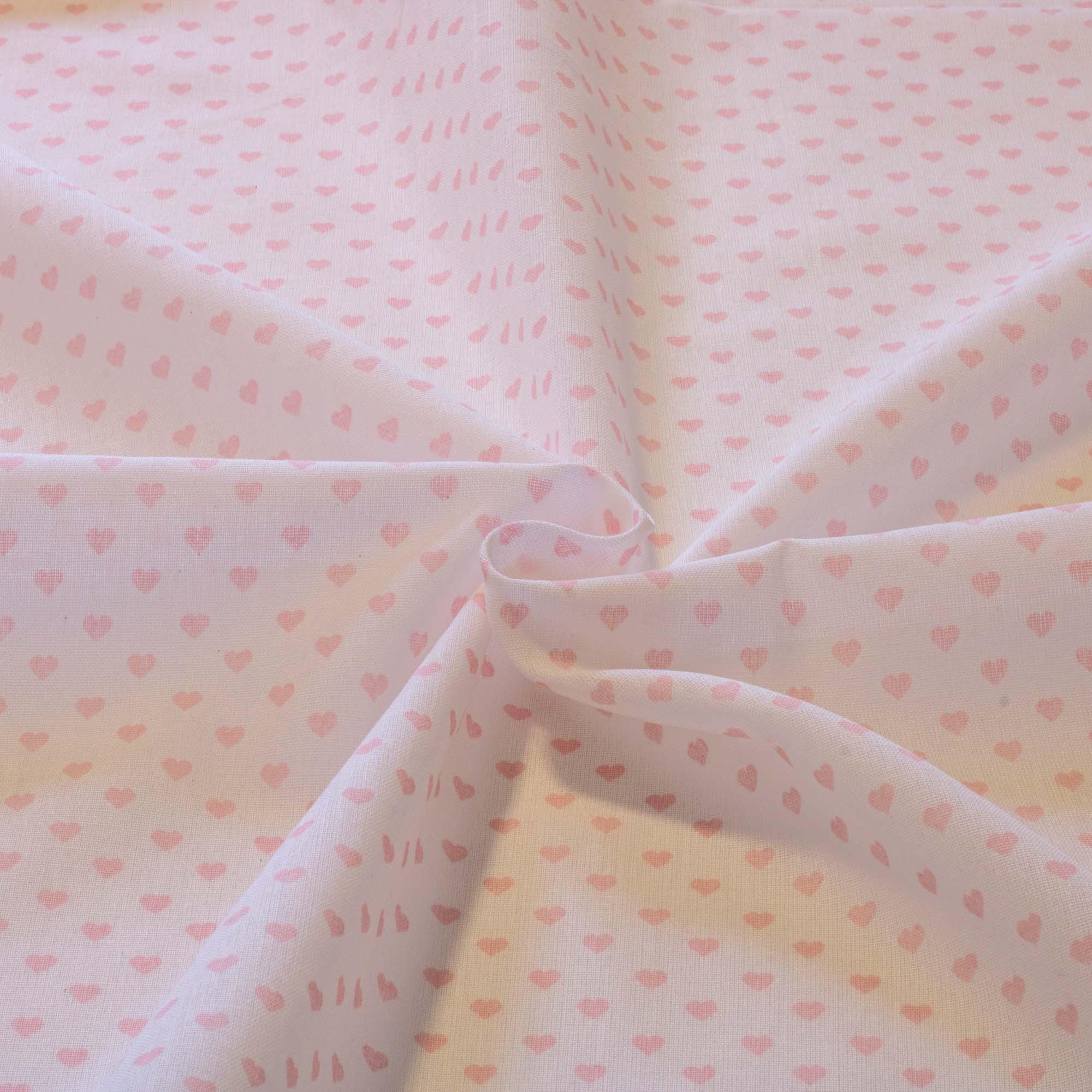 Tecido tricoline estampado coração rosa fundo branco 1,40 m largura
