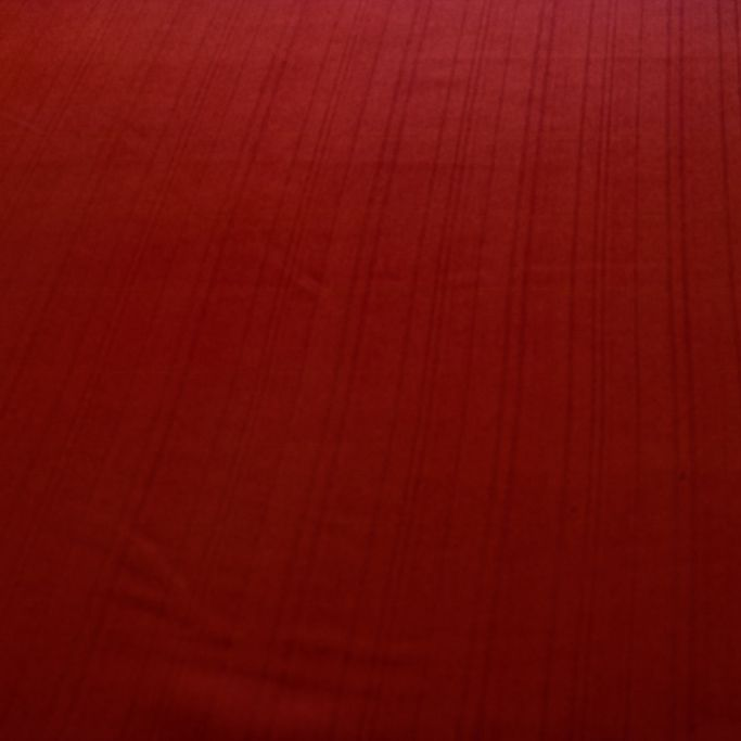 Tecido Gabardine Two Way Vermelho Listrado com Elastano 96% Poliester 4% Elastano 1,50 m Largura