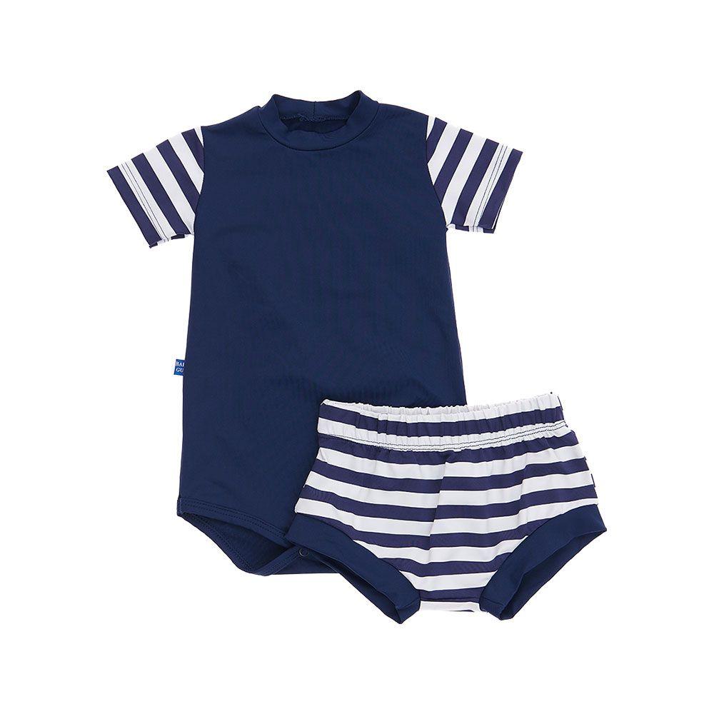 Conjunto Camiseta e shorts com Protecão Solar