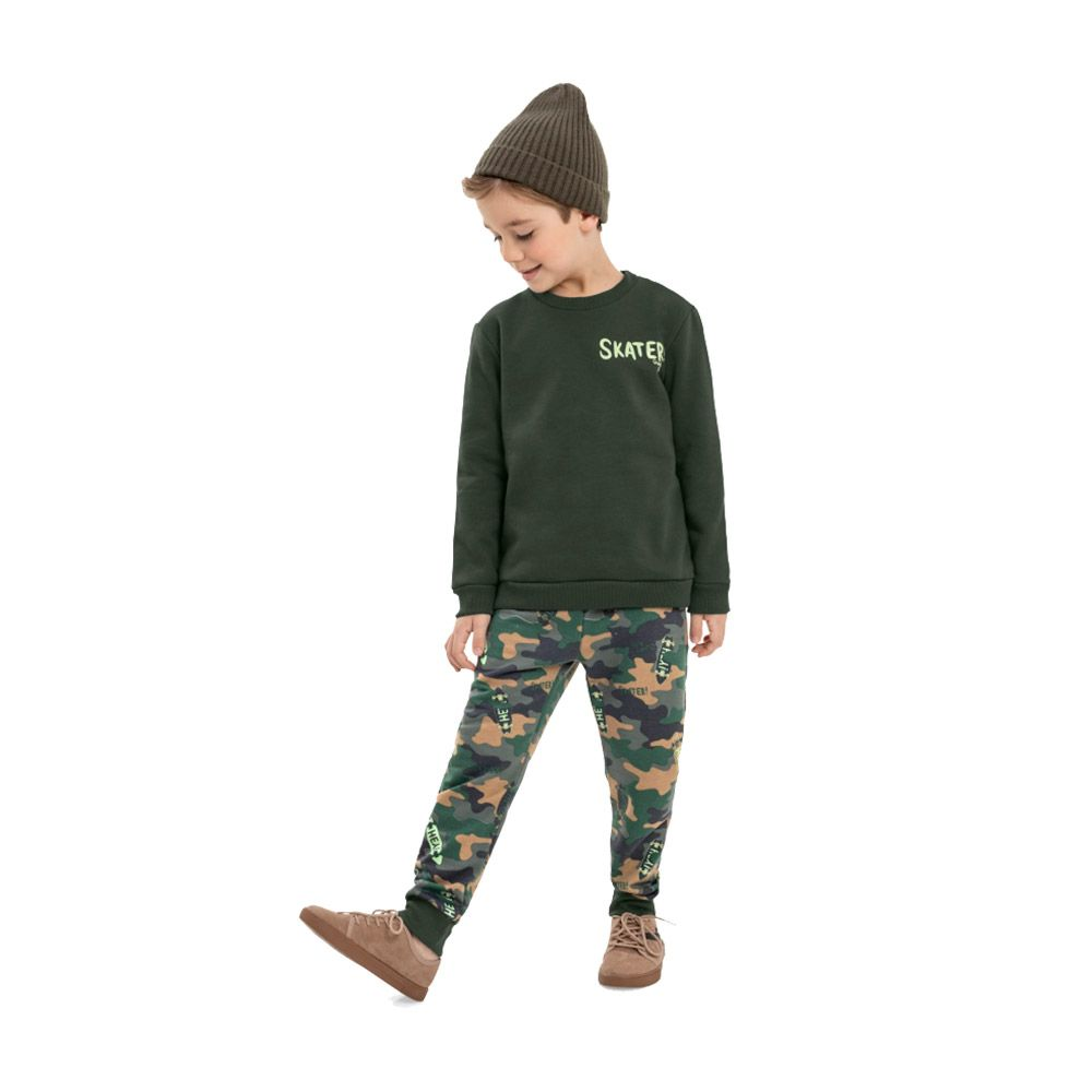 Conjunto Skater Verde