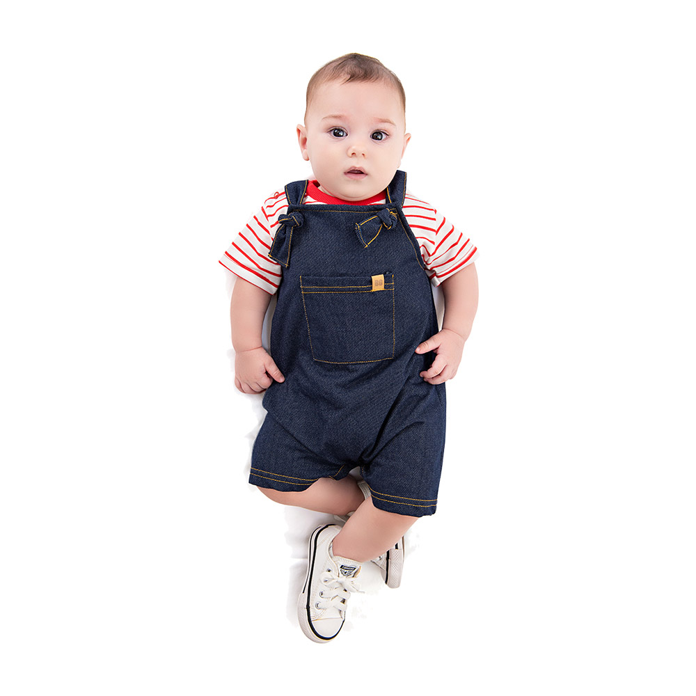 Jardineira em Moletinho Jeans com Blusinha By Gus