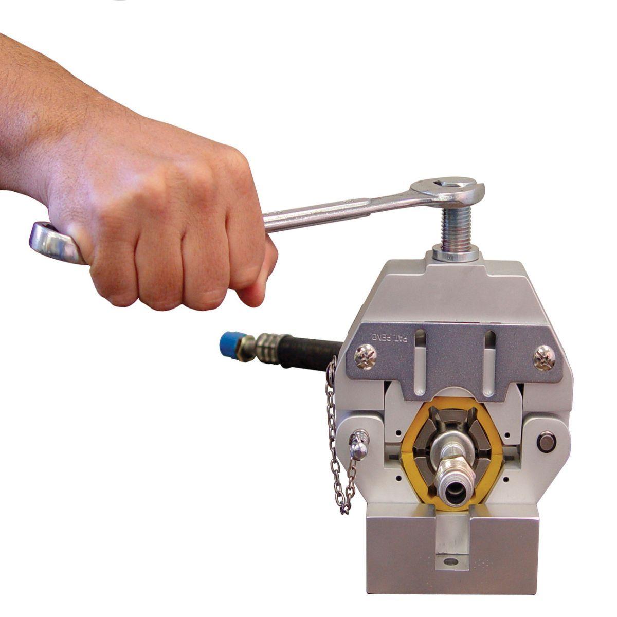 Clipadeira Manual Automotiva 71550 002 Mastercool