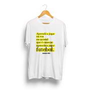 Camiseta - APRENDI A JOGAR NA RUA - Masculino