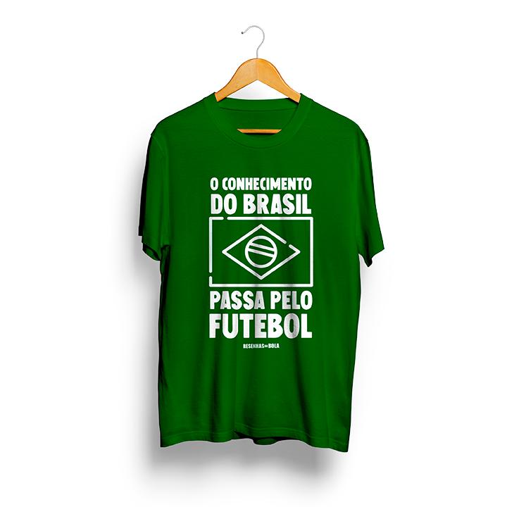 Camiseta - O CONHECIMENTO DO BRASIL PASSA PELO FUTEBOL - Masculino