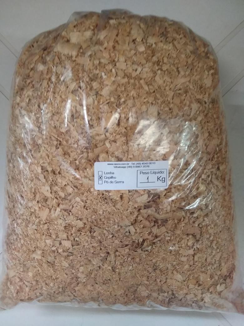 Cepilho / Maravalha de Eucalipto Sem Veneno 1 kg Ideal para Animais, Ramsters, Coelhos, Galinhas, etc. NeonX